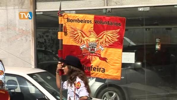 Desfile de Fanfarras de bombeiros