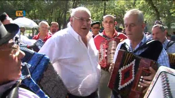 Encontros de Concertinas animam Festas da Amadora