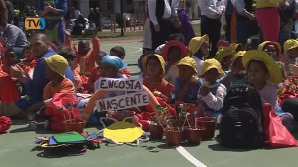 Mais de 500 Crianças celebram a Primavera na freguesia da Mina