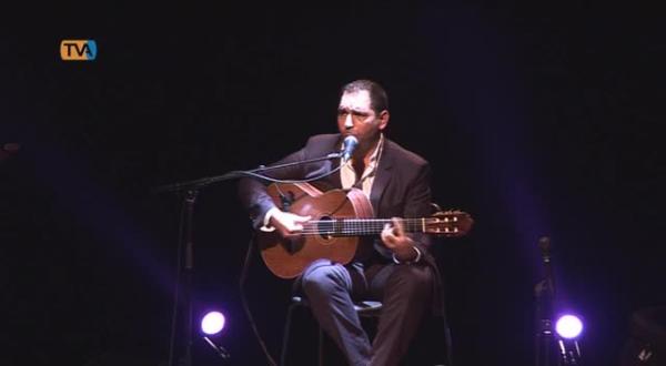 Recreios da Amadora enchem para ouvir o fadista Marco Rodrigues