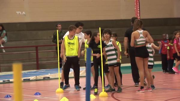 Patrícia Mamona Apadrinha VI Encontro Jovem Atletismo