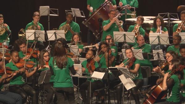 Orquestra Geração Celebra 25 de Abril
