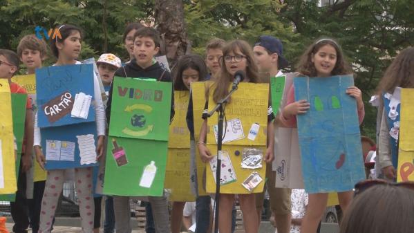Falagueira-Venda Nova Celebra Fim do Ano Letivo com Mensagem Ecológica