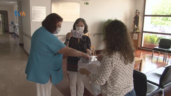 Encosta do Sol Entrega 1300 Máscaras Solidárias a Colaboradores de Instituições da Freguesia
